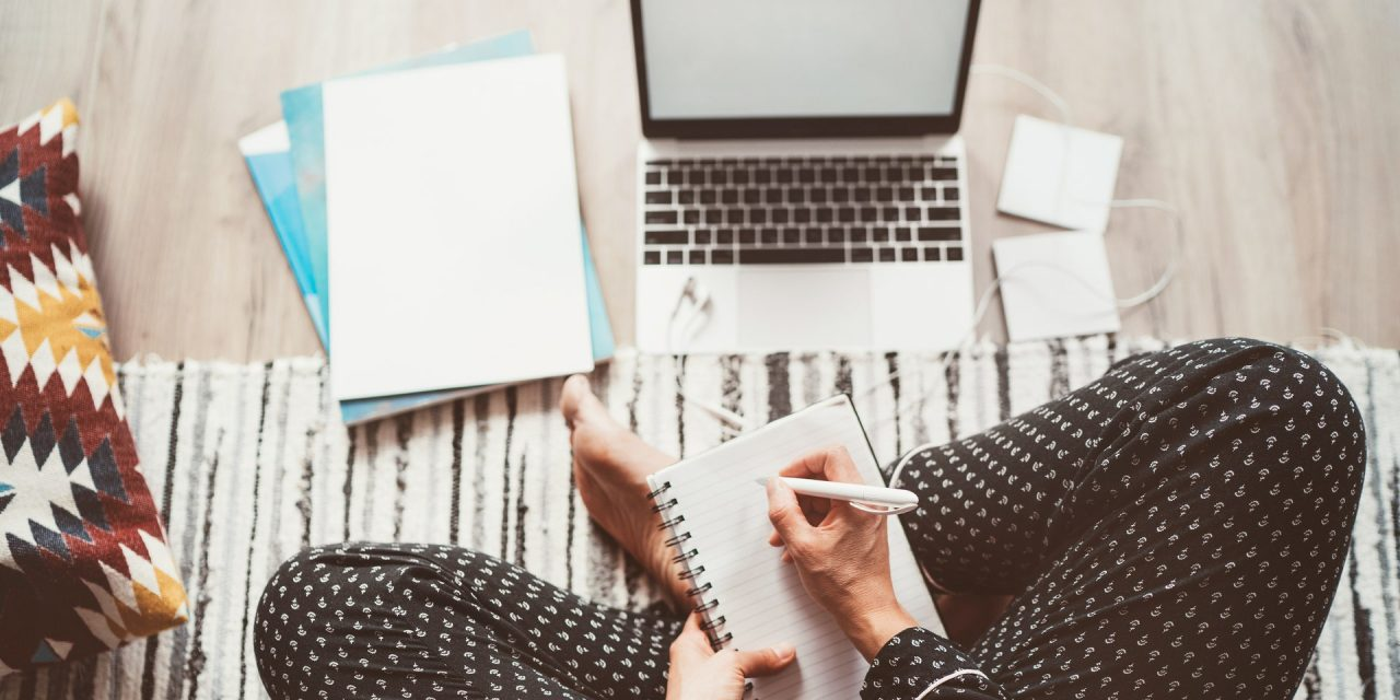 American business school offers free online seminars for remote workers